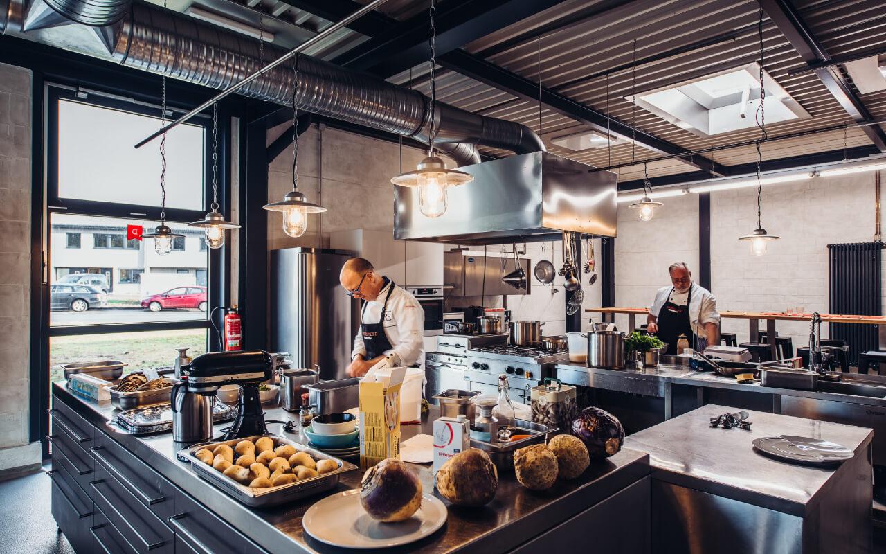 Dannenfeld-Cuisinier-Hero-Section-Fuer-Privat